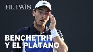 Un TENISTA pide que le PELEN un PLÁTANO en el Open de Australia