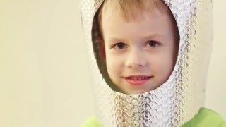 Как сделать шлем космонавта для ребёнка своими руками