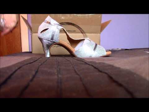Unboxing video of Women's Shoes from LightInTheBox