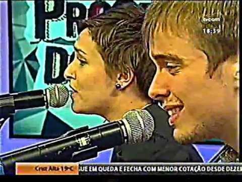 Luiza Caspary no Programa do Róger TV COM 16/05/2012 thumbnail