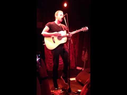 Chris Martin's Secret Performance NYC August 6, 2014