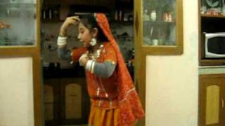 Shyla performed dance on song Morni Baga Ma Bole from Lamhe movie