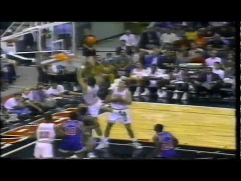 92-93 NBA Action 08