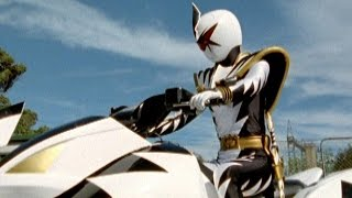 Power Rangers Dino Thunder - Black Ranger Vs White Ranger ATV Fight
