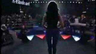 رقص  هيفاء  وهبي