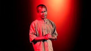 Life is easy. Why do we make it so hard? | Jon Jandai | TEDxDoiSuthep(, 2011-08-03T16:55:03.000Z)