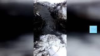 Сотрудники МЧС увели реку из затопленного Куяново