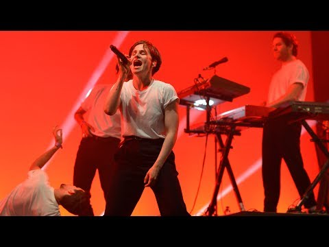 Christine & The Queens - Tilted (Radio 1's Big Weekend 2017)