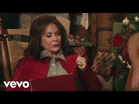 Loretta Lynn - To Heck with Ole Santa Claus (Live Performance)