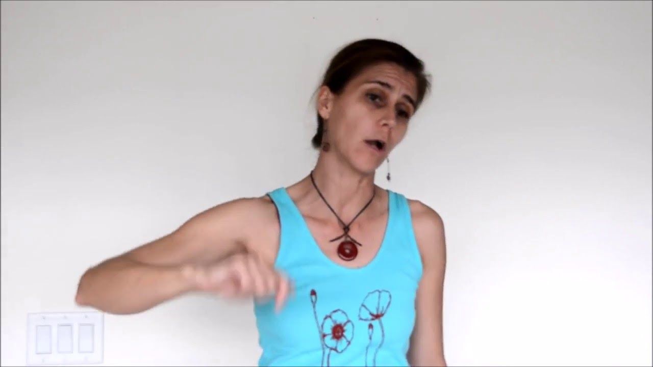 Yoga Shoulder Opener for tennis players - YouTube