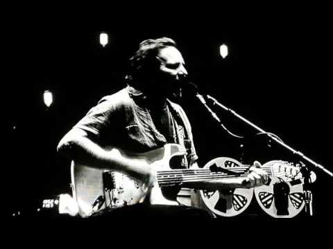 Eddie Vedder - live in Italy @Firenze rocks festival (June 24, 2017)