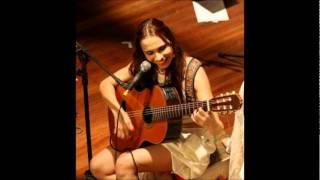 Marcela Mangabeira - Firework
