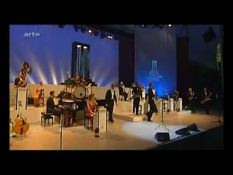 Max Raabe Live - You're the cream in my coffee...