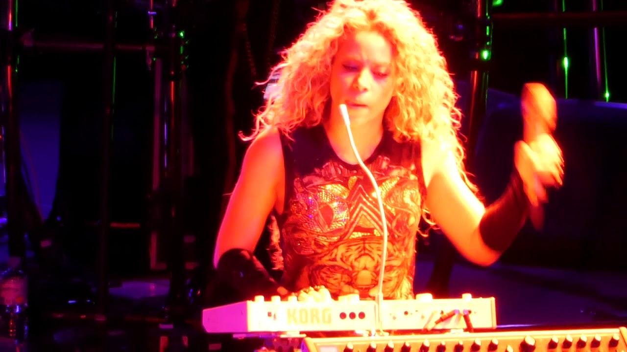 Download [Live - El Dorado Tour] Shakira - SheWolf (Munich, June 17, 2018)