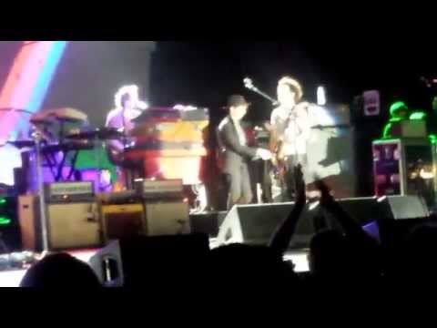 Beck - Where it's at - Uptown Amphitheater at NC Music Factory