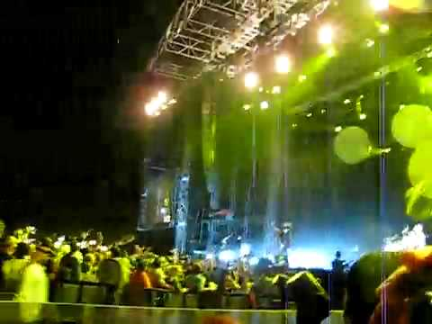 yellow- live by coldplay in abu dhabi . thunder storm :)
