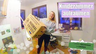 Kinderzimmer sortieren 🧸 Spielzeug in Kartons packen | Folge 29 | Isabeau