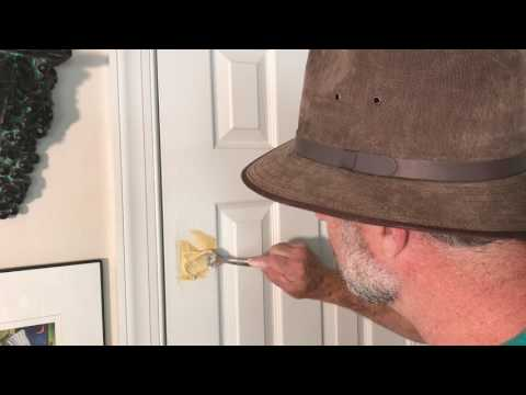 Easy hole repair. How to fix a broken door- water putty repair