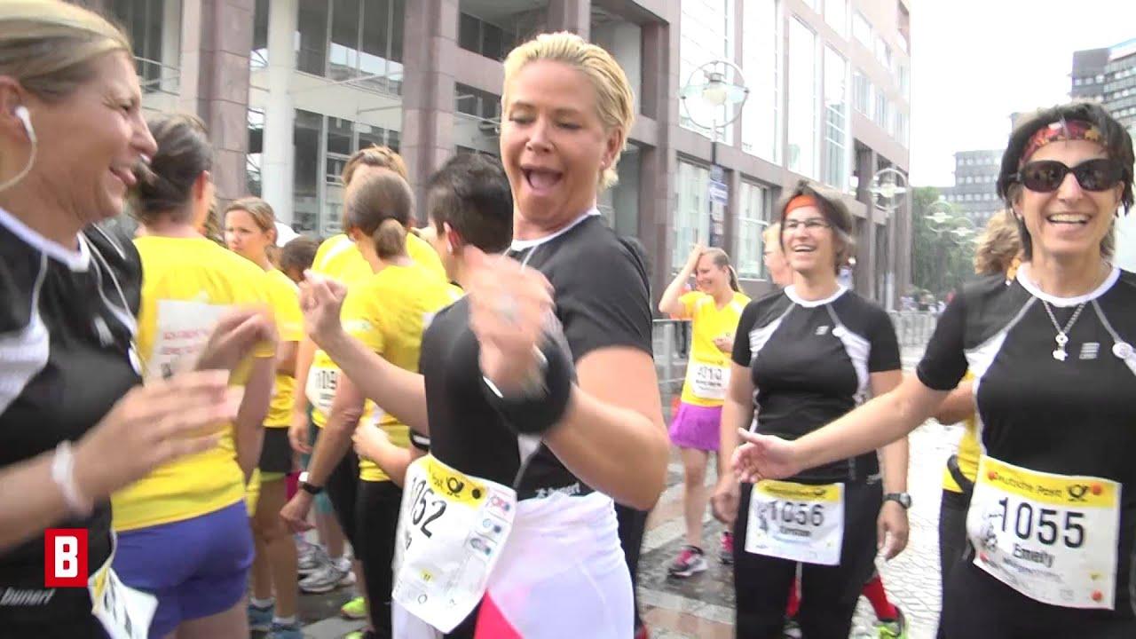 "BUNTE TV - Claudia Effenberg: Voller Power bei ""BUNTE läuft"""