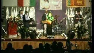 sinhala song WARE SULAGA  live at ITALY-Milan 2010 dilukshi marasinghe part 18