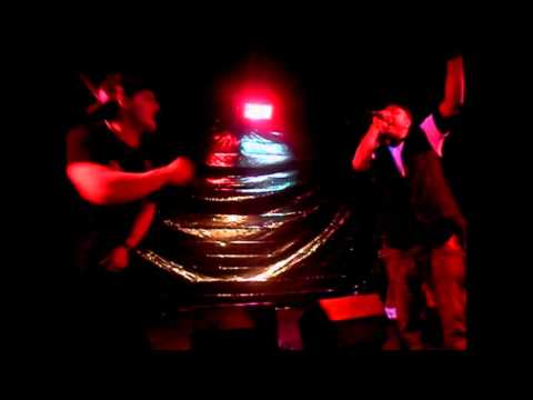 "Cannibal Chris - ""Bow Down"" (Live)"