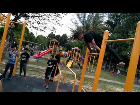 Barcode: Kulim's street workout Meet up  with Barultras and Barrigent!!