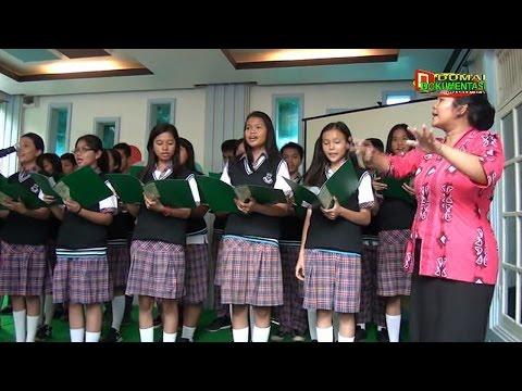 Lagu Mars PKK dan Keluarga Berencana -SMA Santo Tarcisius Dumai (Lomba PKK KB Kes Bukit Datuk)