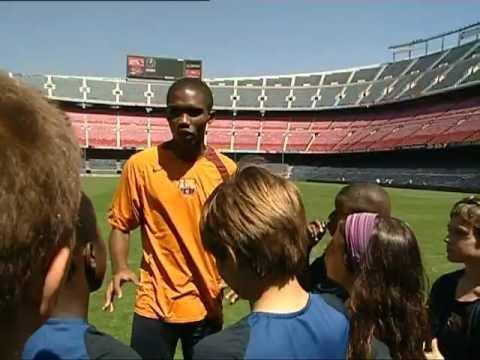 FC BARCELONA - SAMUEL ETOO SOCCER LESSONS (1/4)
