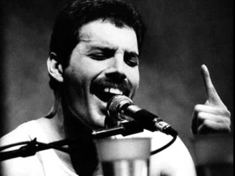 """The Greatest and Most Powerful Singer Ever - Freddie Mercury (singing """"How can I go on?"""" - live)"""