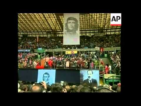 Chavez addresses thousands at protest rally