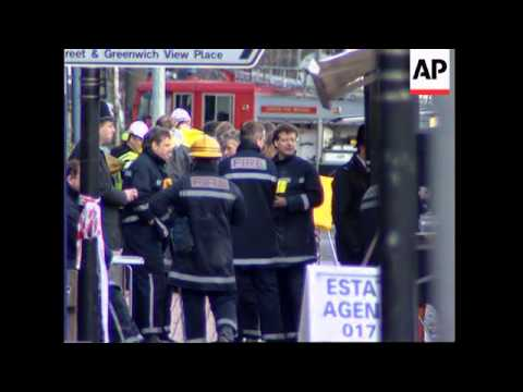 UK: LONDON: TWO PEOPLE KILLED IN IRA DOCKLANDS BOMB BLAST