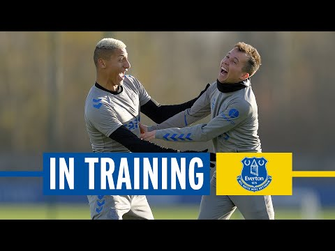 HEADERS, VOLLEYS + TOP CONTROL! | EVERTON IN TRAINING