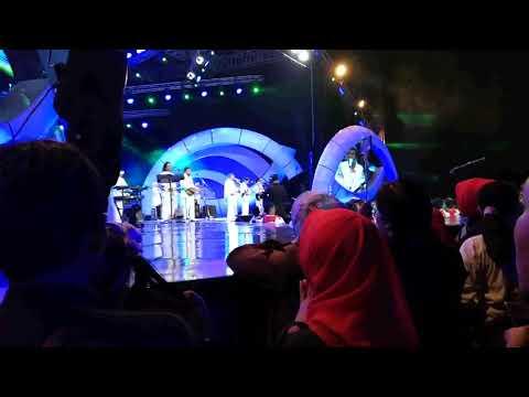 rhoma irama lagu yatim piatu konser indosiar, malang jawa timur 7 okt 2017
