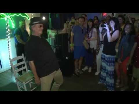 Bernie Dance f Terry Kiser