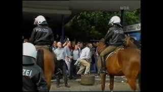 Repeat youtube video RW Essen - Arminia Bielefeld 1:0 (20.8.94) Sonderzug & Polizei