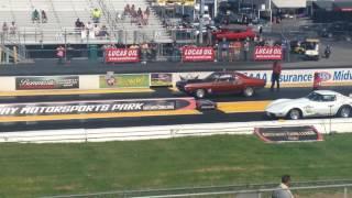 Challenger drag race at gateway motorsports park