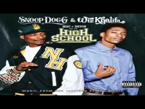 Snoop Dogg & Wiz Khalifa - I Get Lifted (HD)