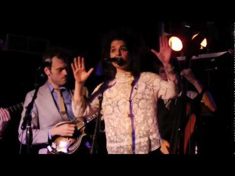 Jesca Hoop with Punch Brothers: Tulips