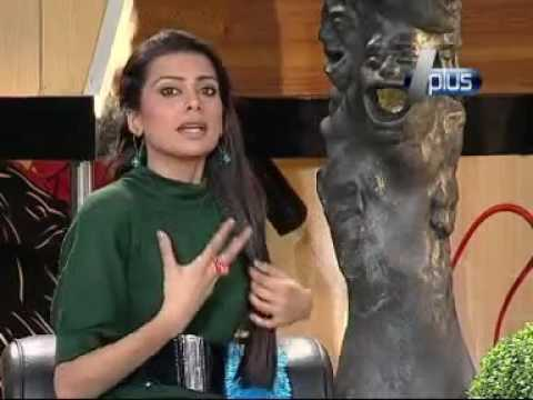 Very Bold Dressing of Pakistani Actresses in Morning Show