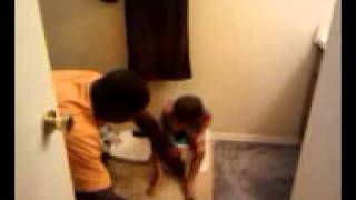 Mj Potty-2011-07-24-09-40-53_0.wmv