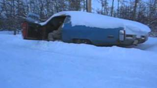 Cold Start the 1972 Plymouth Fury! Brrrr...