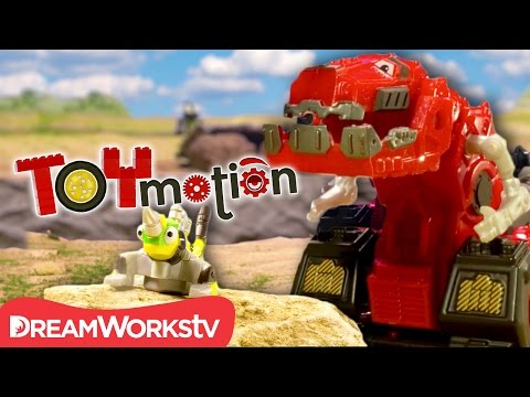 Dinotrux Vs. D-Structs In Stop Motion I TOYMOTION