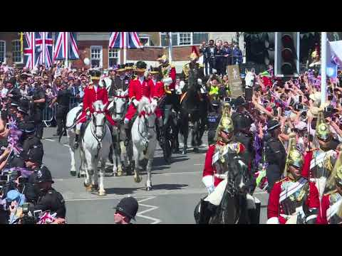 Royal Wedding: Prince Harry and Meghan's procession on King's Road