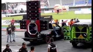 Campeonato / Demonstração de Som Automotivo com Stetsom - CarAudio - Soundcar