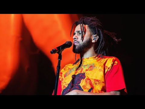 "J Cole - 1985 Intro to ""The Fall Off"" (Live At Longitude Festival)"