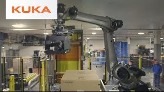 Albertsons Palletizes with KUKA Robots in Flexible Packaging System
