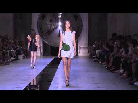 Dice Kayek Défilé Haute Couture Fall Winter 2015 2016 Full Show