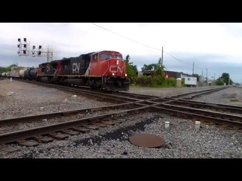 Railfanning CN in Durand, MI
