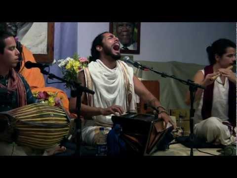 The Mayapuris: Performance Maha Mantra