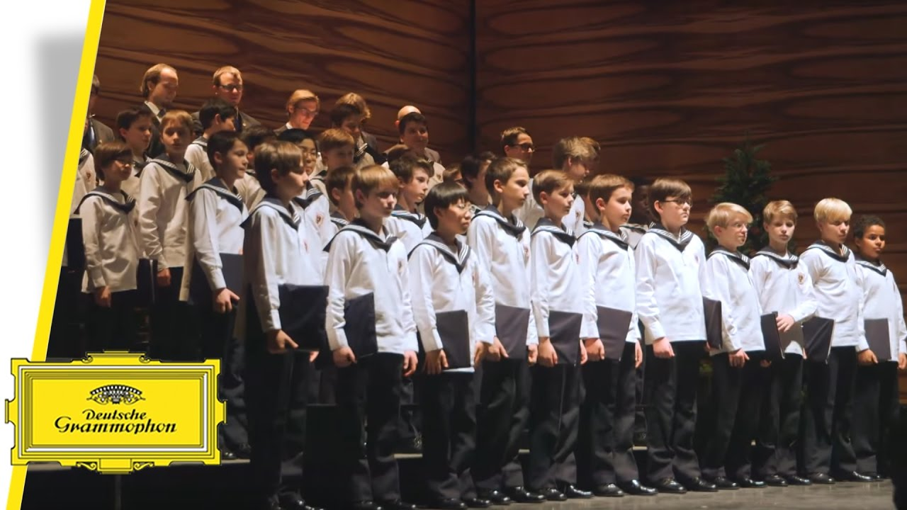 Vienna Boys Choir - Merry Christmas From Vienna - Rolando Villazón ...